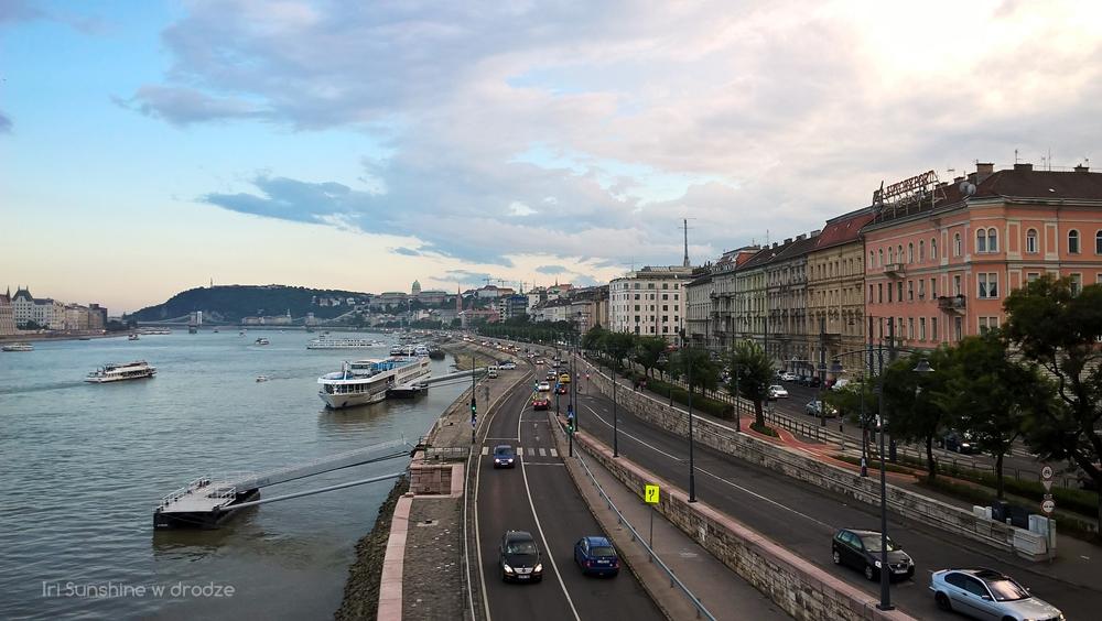 BUDAPESZT: ZACZAROWANA BASZTA, ZMIANA WARTY I MIASTO NOCĄ