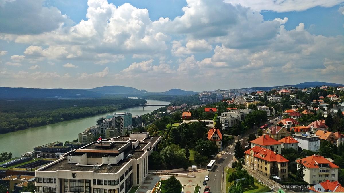 Zamek w Bratysławie (Słowacja), widok z wieży widokowej