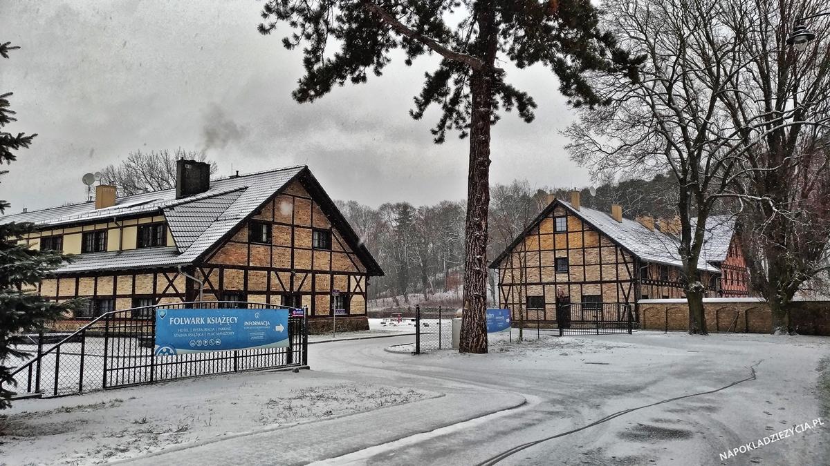 Zamek Kliczków: zwiedzanie i Folwark Książęcy