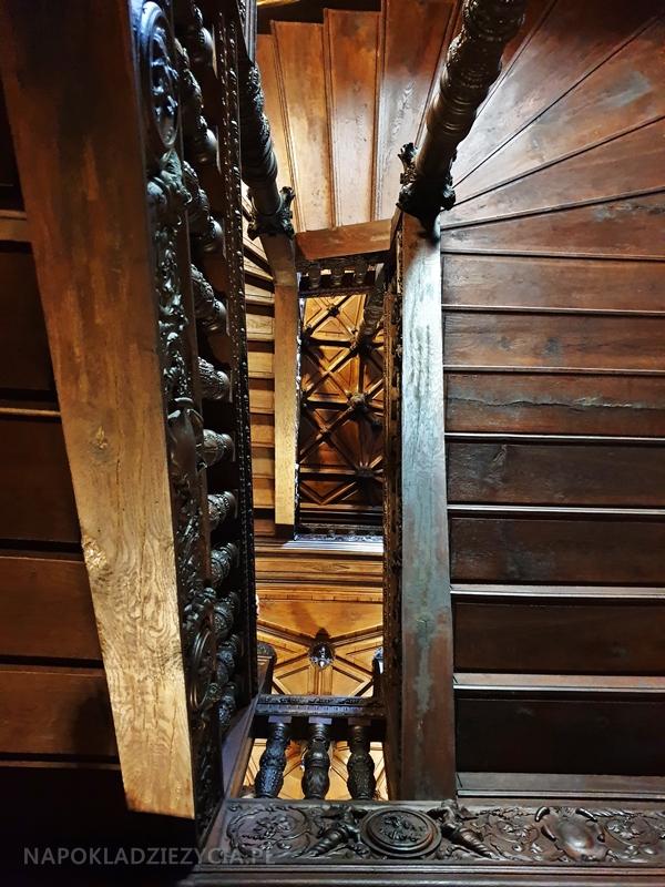 Zamek w Gołuchowie: klatka schodowa